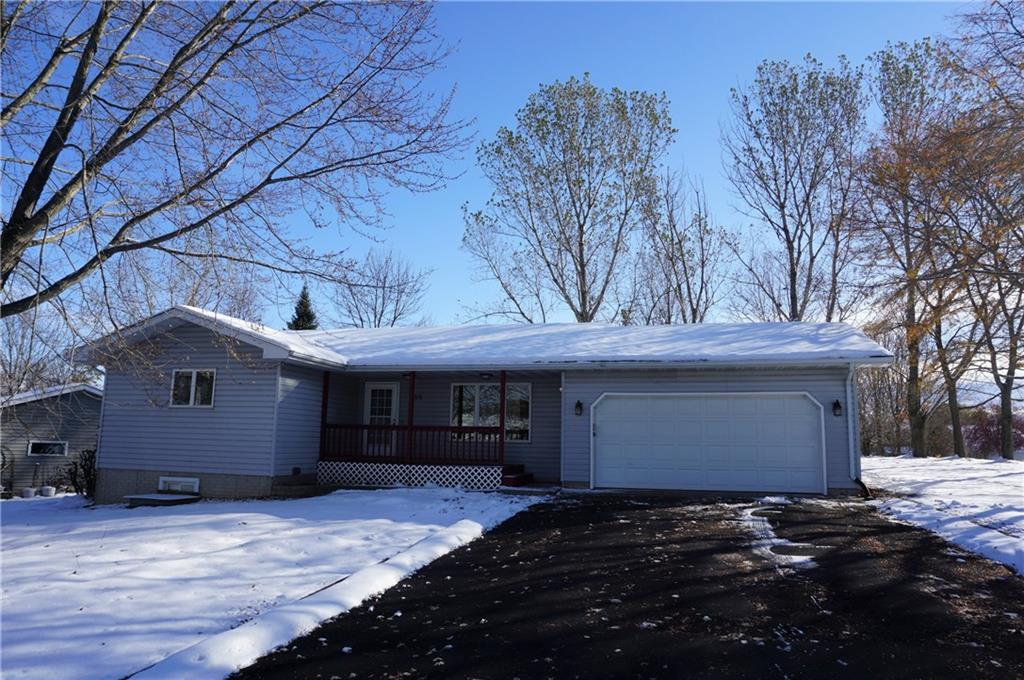 230 N Bourbon Circle Property Photo - Ellsworth, WI real estate listing