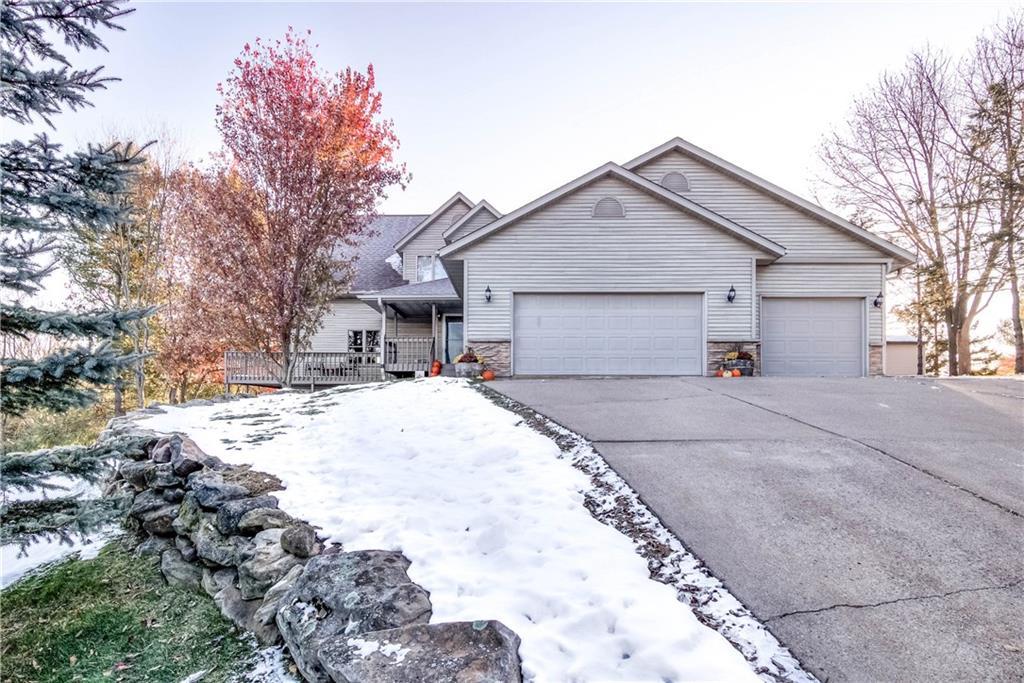 623 Demoe Lane Property Photo - Eau Claire, WI real estate listing