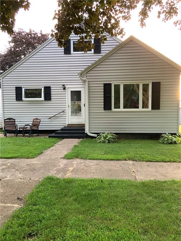 1721 Grove Street Property Photo - Bloomer, WI real estate listing