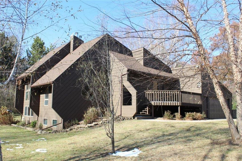 622 Gilbert Road Property Photo - Hudson, WI real estate listing