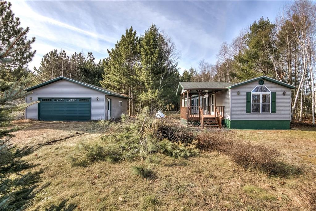 23512 45th Avenue Property Photo - Cadott, WI real estate listing