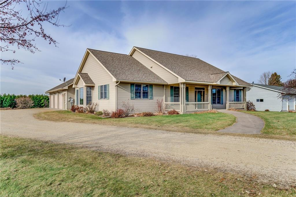 825 S Piety Street Property Photo - Ellsworth, WI real estate listing