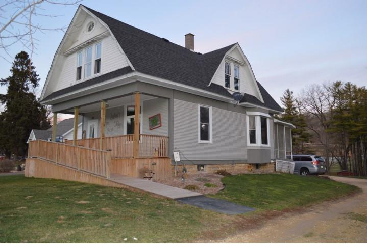 615 1st Street Property Photo - Plum City, WI real estate listing