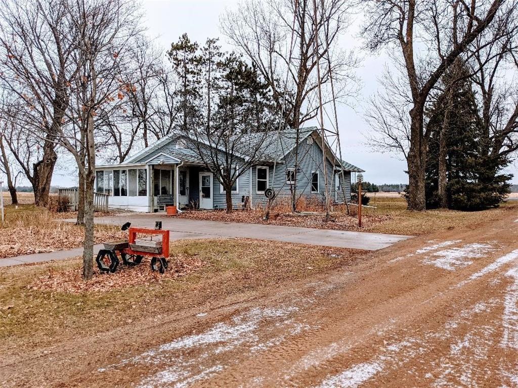 1063 20 3/4 Avenue Property Photo - Cumberland, WI real estate listing