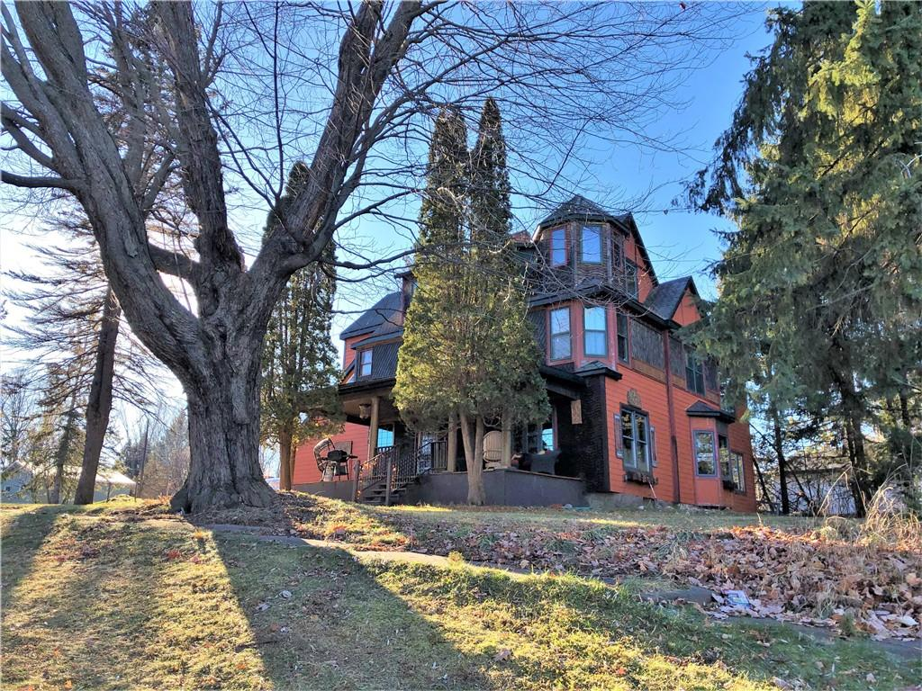 548 N Lake Avenue Property Photo