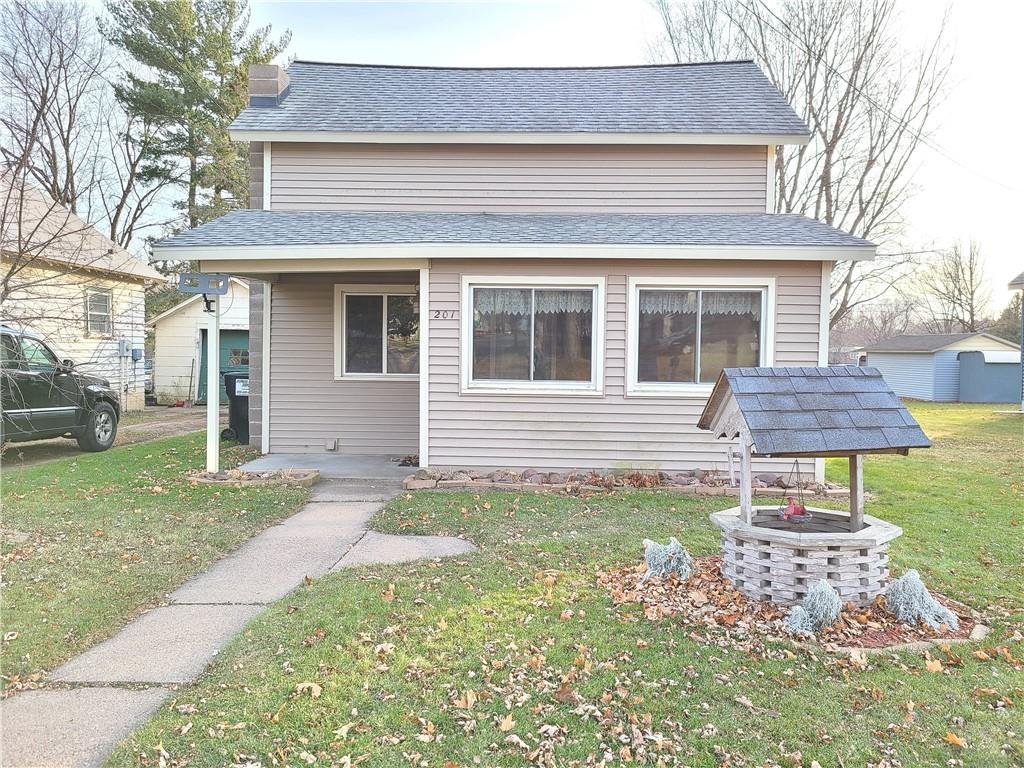 201 W Stanley Street Property Photo - Thorp, WI real estate listing