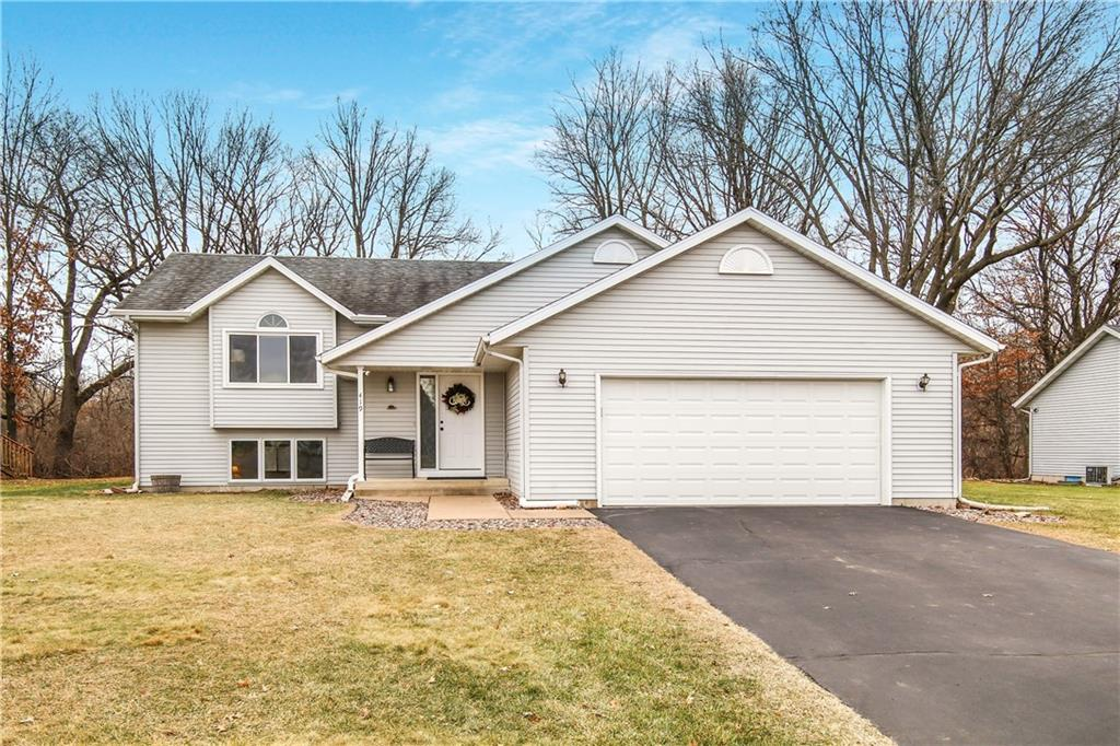 419 Windsor Forest Drive Property Photo - Altoona, WI real estate listing