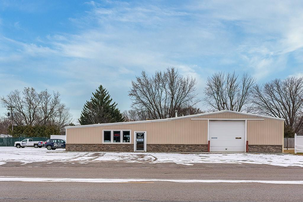 2437 Spooner Avenue Property Photo - Altoona, WI real estate listing