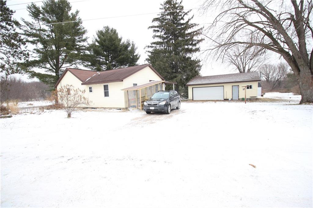 707 E Lincoln Street Property Photo - Augusta, WI real estate listing