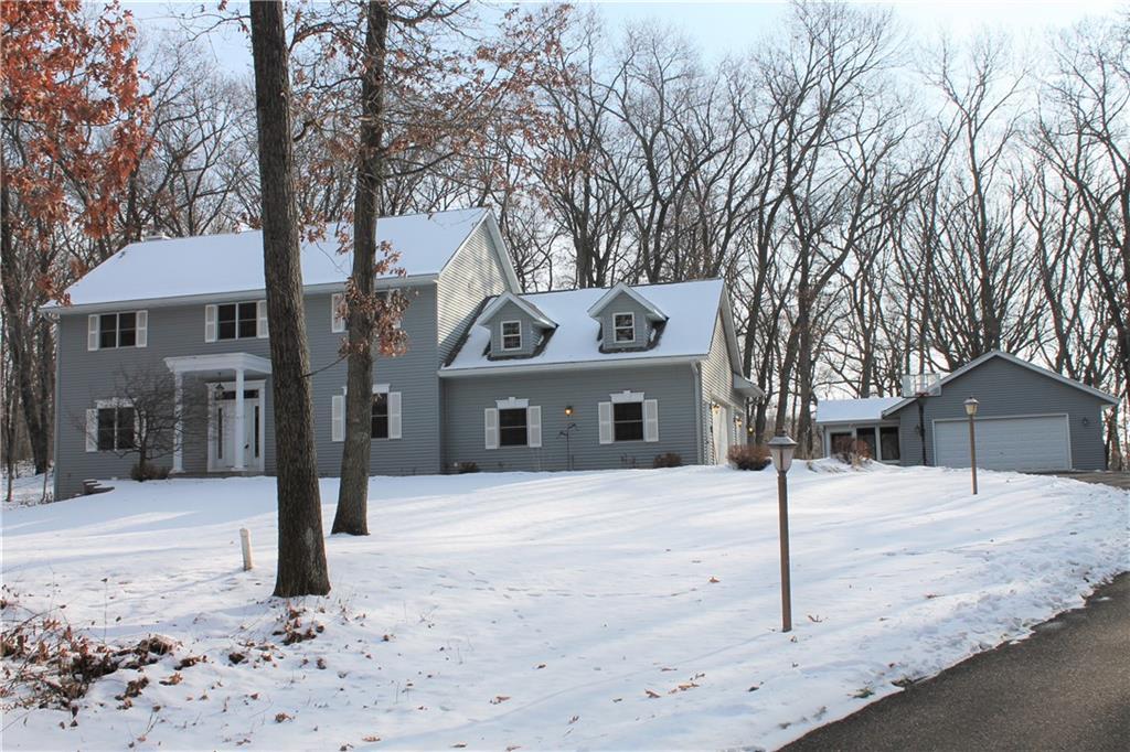 E4455 Pinewood Circle Property Photo
