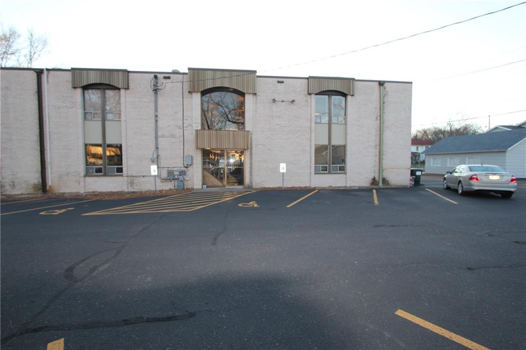 705 Bay Street Property Photo - Chippewa Falls, WI real estate listing