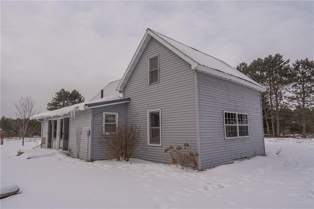6814 Pike Bend Road Property Photo - Webster, WI real estate listing