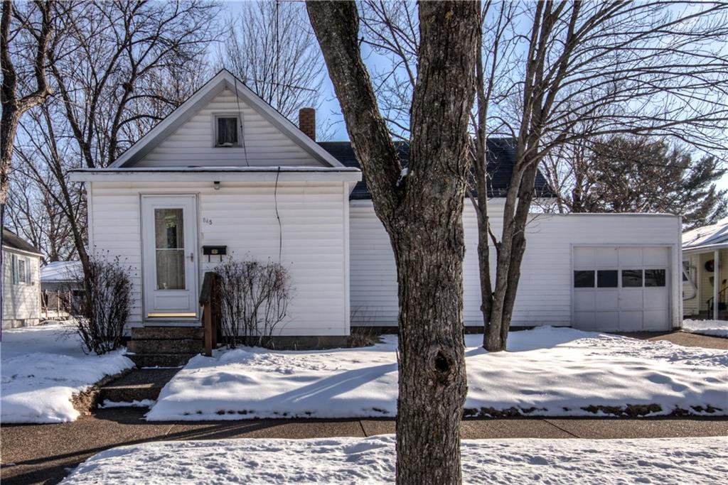 645 Maple Street Property Photo - Chippewa Falls, WI real estate listing