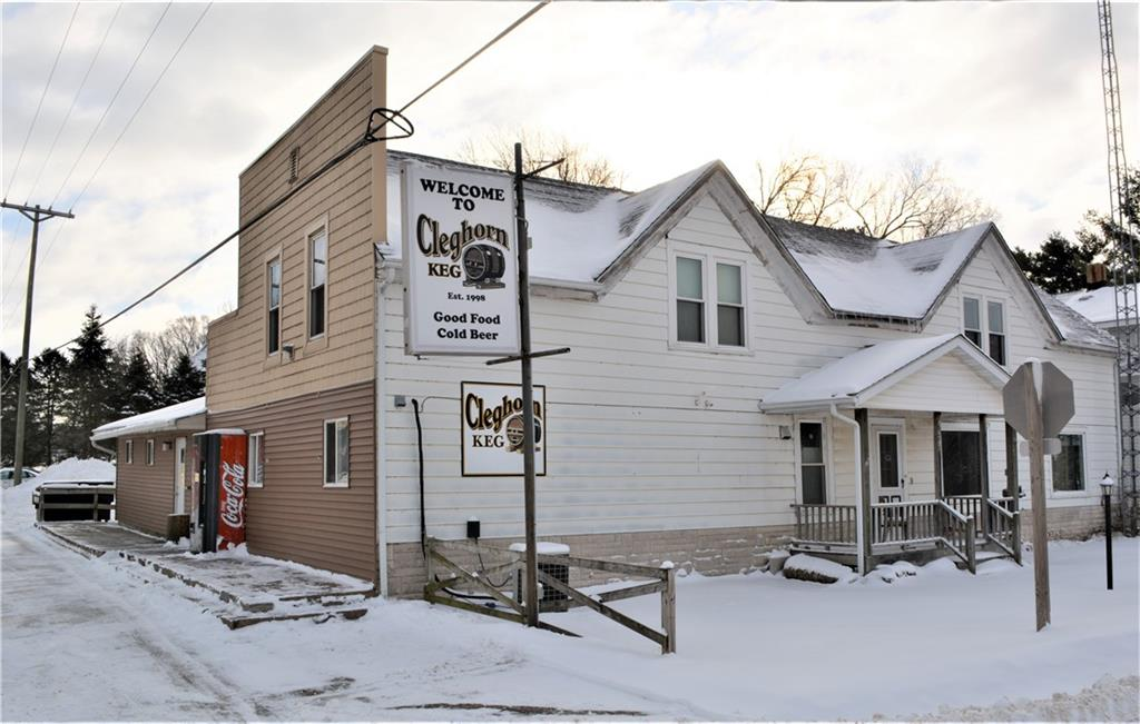 E5425 County Road V Property Photo - Eleva, WI real estate listing