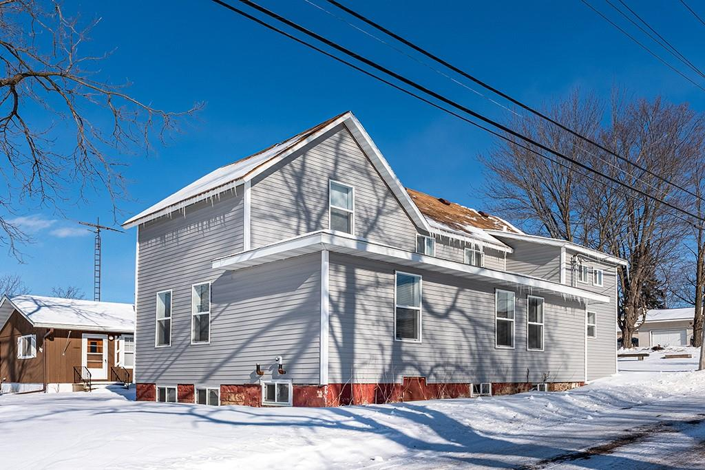 113 N 2nd #Lower/Upper Property Photo - Cornell, WI real estate listing
