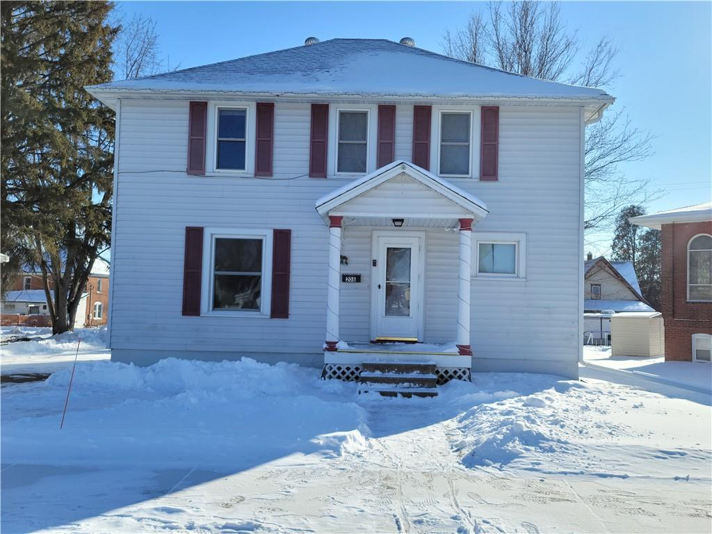 208 E 4th Avenue Property Photo - Stanley, WI real estate listing