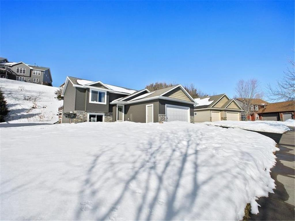 817 Glenmeadow St Property Photo - River Falls, WI real estate listing