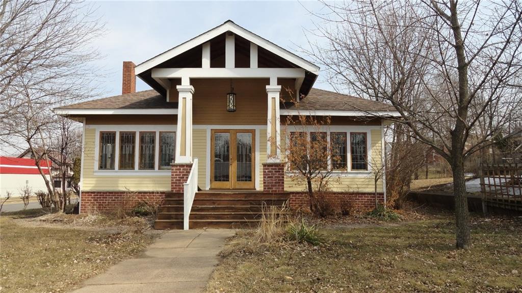 502 E 2nd Avenue Property Photo - Durand, WI real estate listing