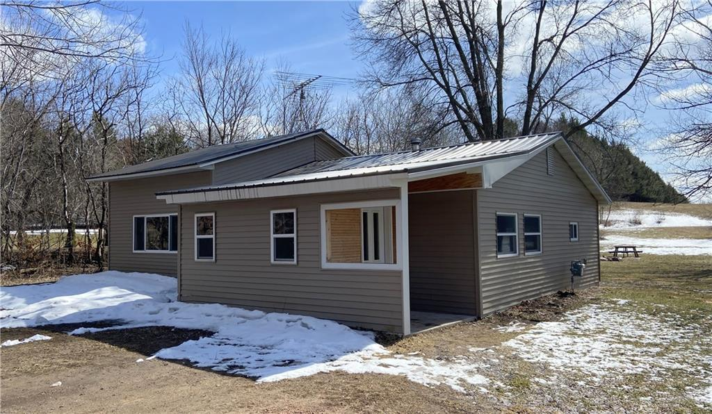 2083 15th Avenue Property Photo - Cameron, WI real estate listing