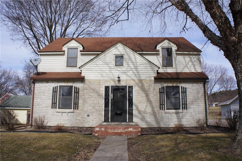 442 E Main Street Property Photo - Mondovi, WI real estate listing