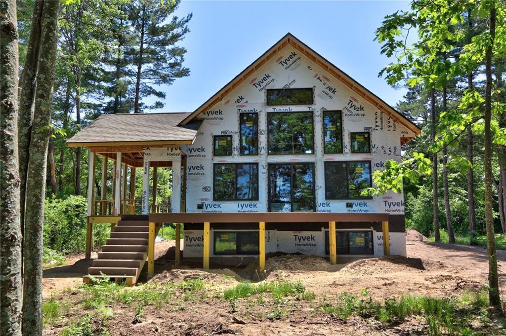 Stone Lake Real Estate Listings Main Image