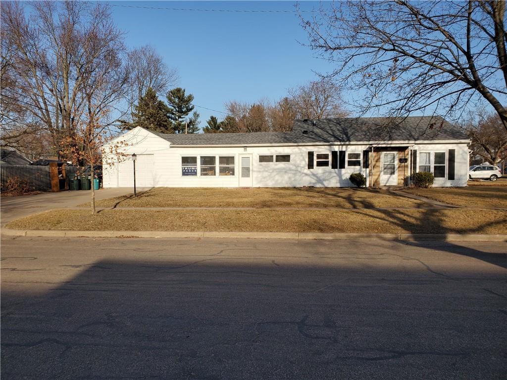 2221 Agnes Street Property Photo