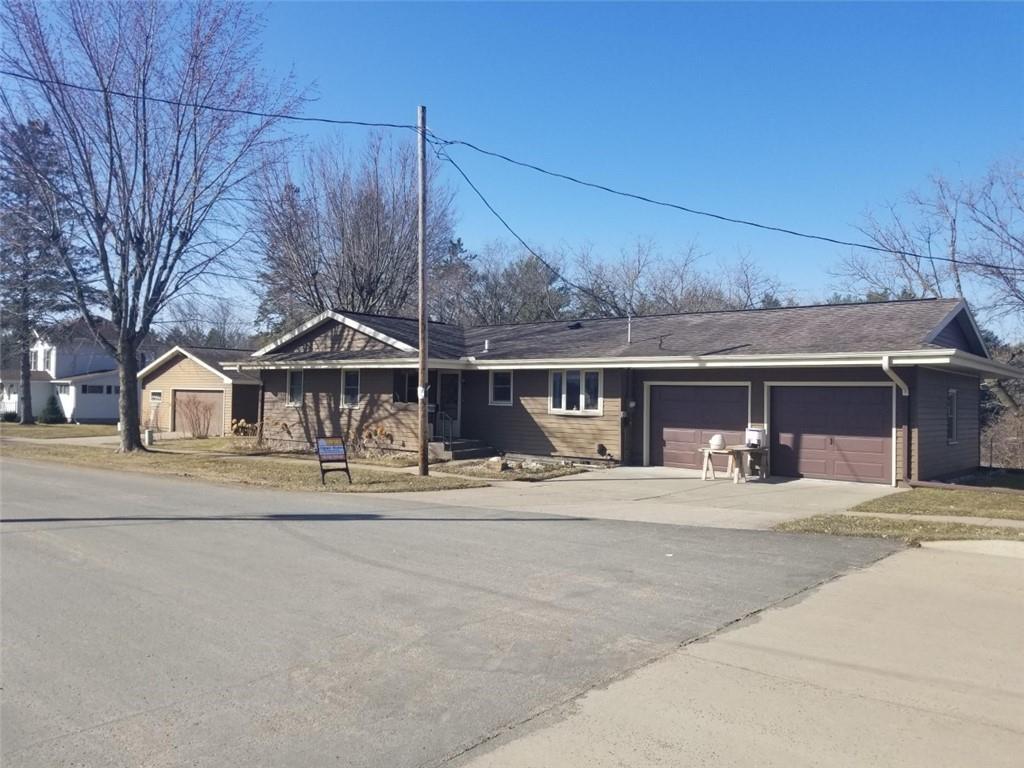 202 Oakwood Place Property Photo - Merrillan, WI real estate listing