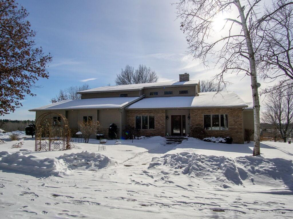 1805 Giese Road Property Photo - Eau Claire, WI real estate listing