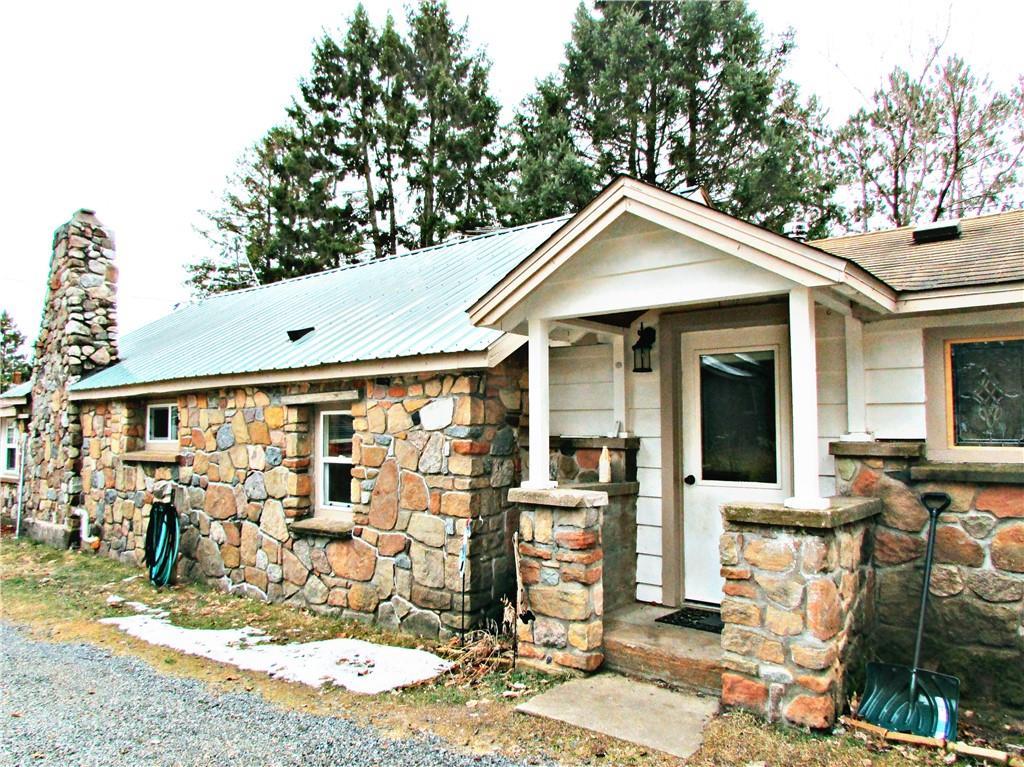 W3042 Trepania Road Property Photo