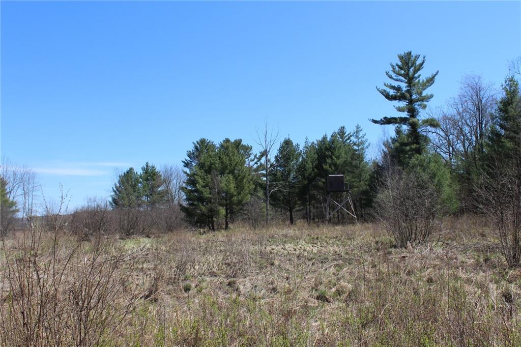6471 Granton Road Property Photo