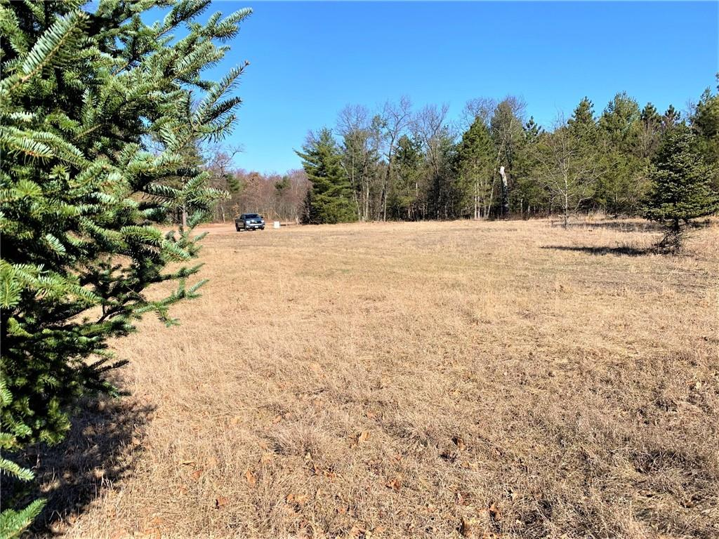 7500 Lowe Creek Road Property Photo - Hixton, WI real estate listing