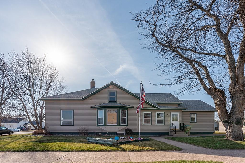 504 W Elm Street Property Photo