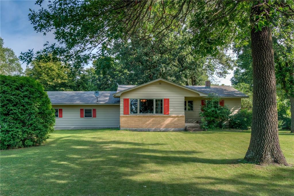 401 Seminole Avenue Property Photo - Osceola, WI real estate listing