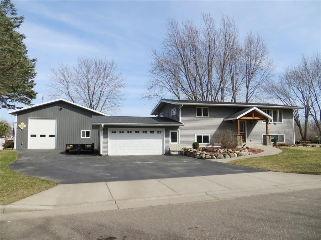 720 Jefferson Street Property Photo - Stanley, WI real estate listing