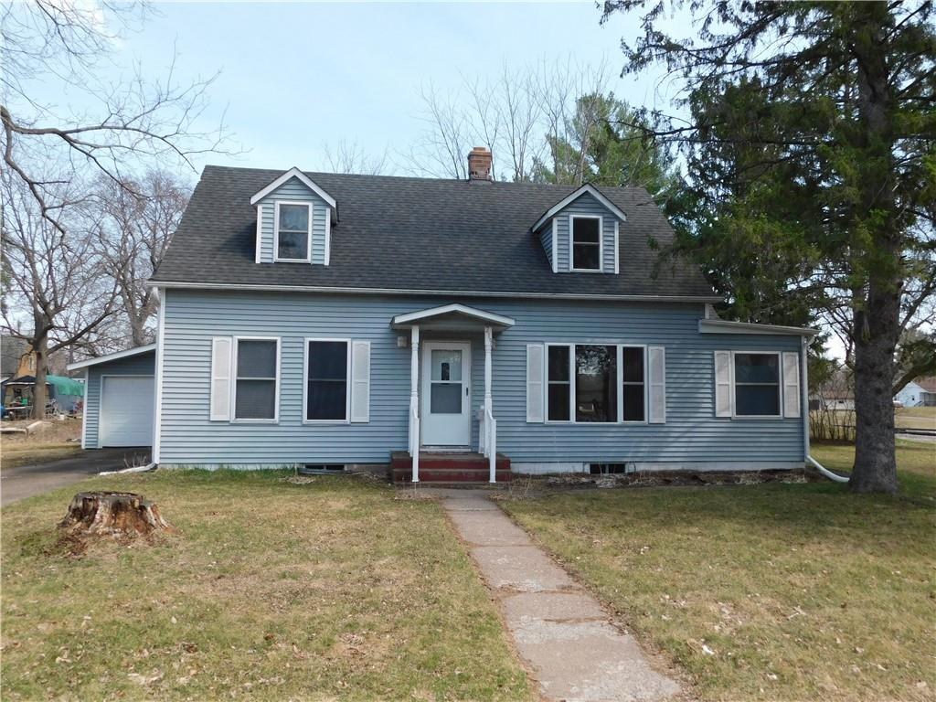 219 E 6th Street S Property Photo - Ladysmith, WI real estate listing