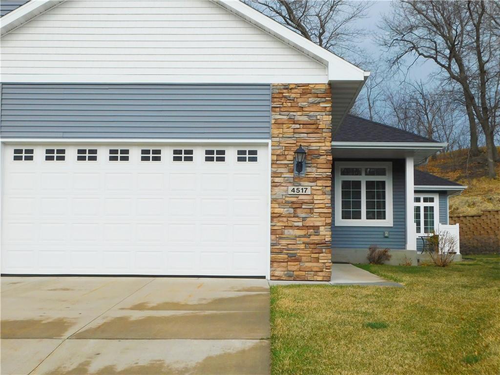 4517 Village Oaks Circle Property Photo