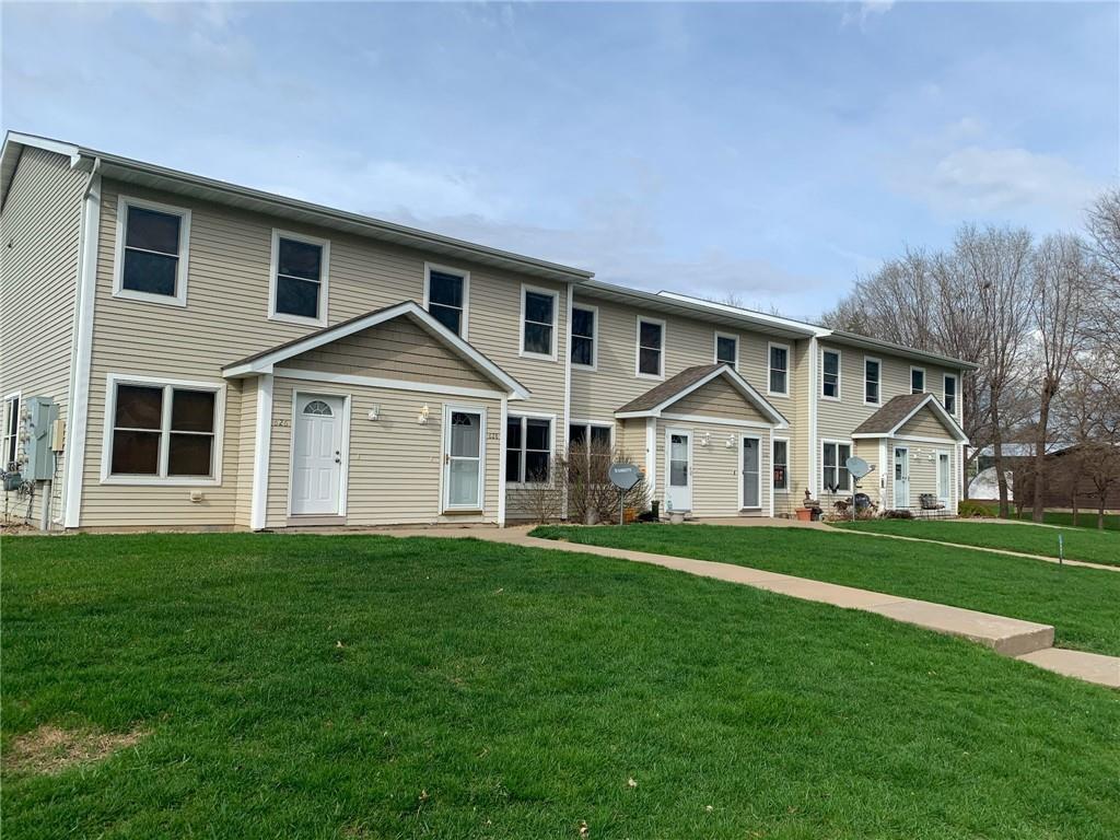 628 Pine Street Property Photo - Prescott, WI real estate listing