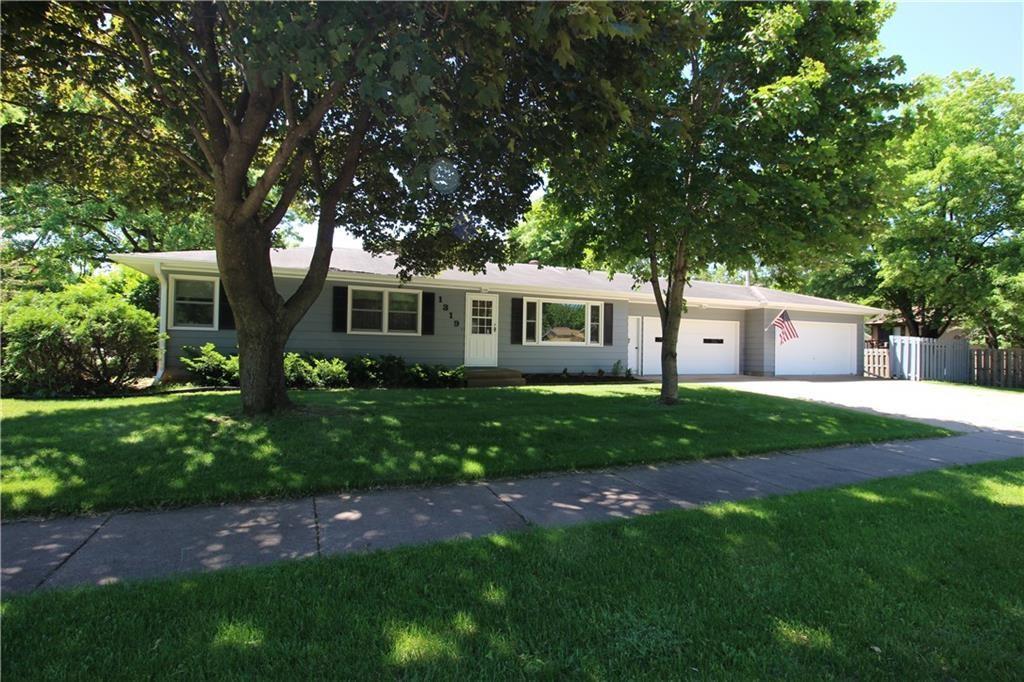 1319 Virginia Lane Property Photo 1