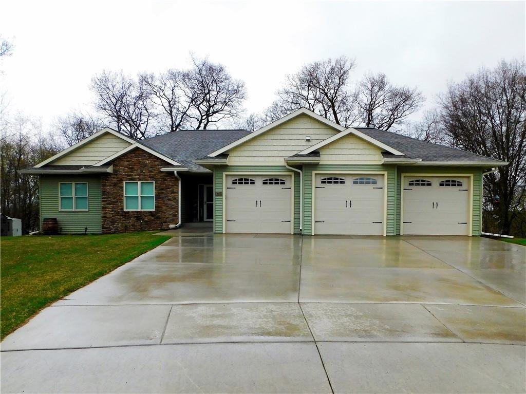 4701 Oak Bluff Court Property Photo 1