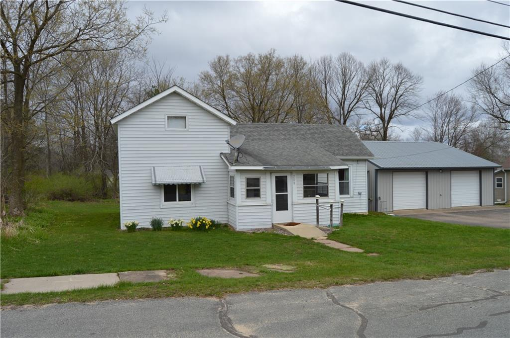 208 N Hill Street Property Photo