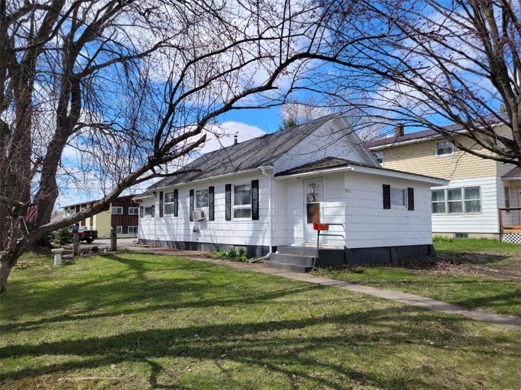 1035 1st Avenue Property Photo 1