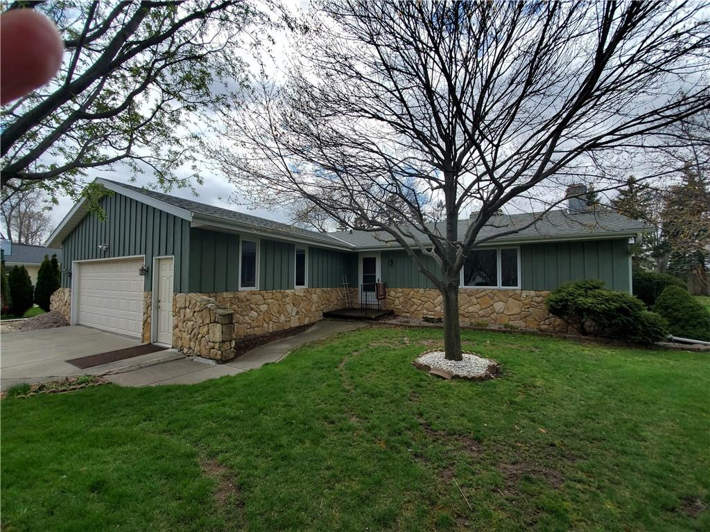 1601 N Blossom Drive Property Photo - Appleton, WI real estate listing
