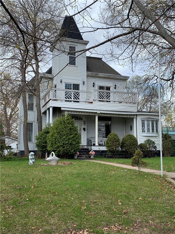 320 W Grand Avenue Property Photo