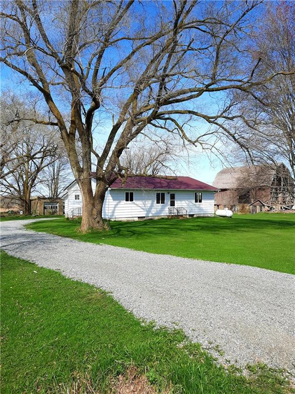 9071 N Owen Ave Property Photo