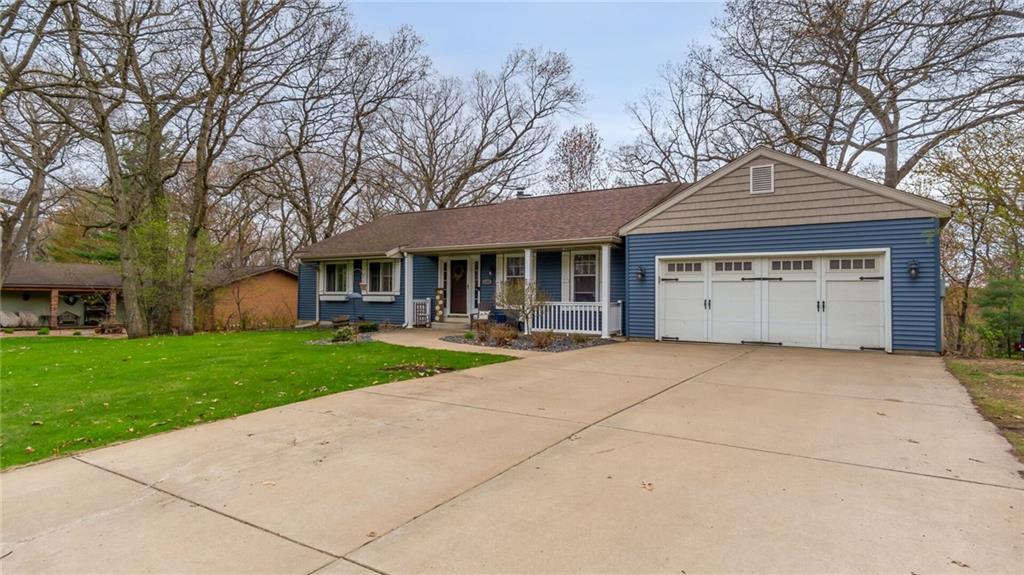 4402 Woodridge Drive Property Photo