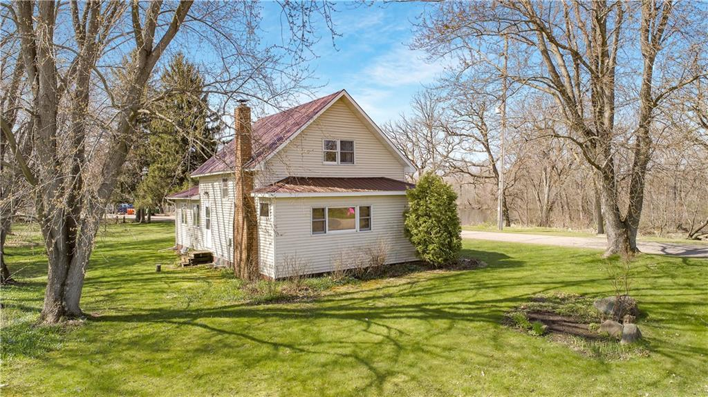 N13442 930th Street Property Photo - Sand Creek, WI real estate listing