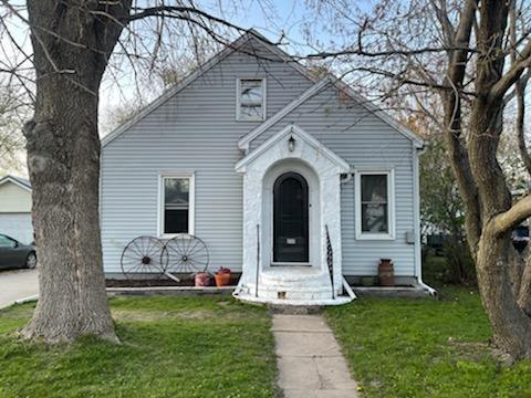 232 W Mill Street Property Photo