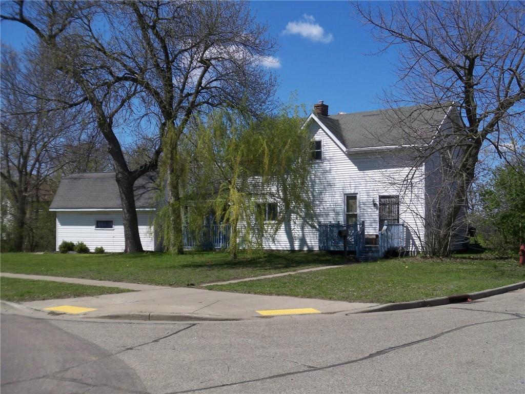 702 N Dewey Street Property Photo 1