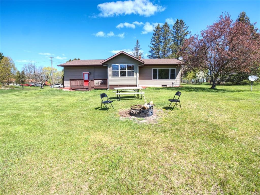 504 E Feller Avenue Property Photo