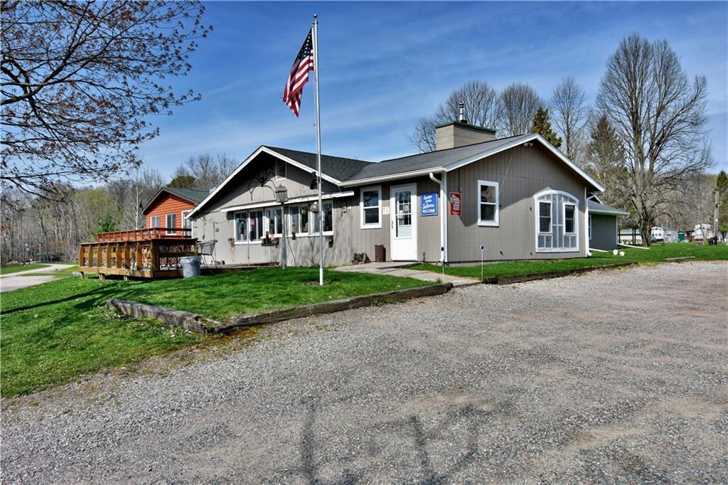 N2586 Spider Lake Trail Property Photo